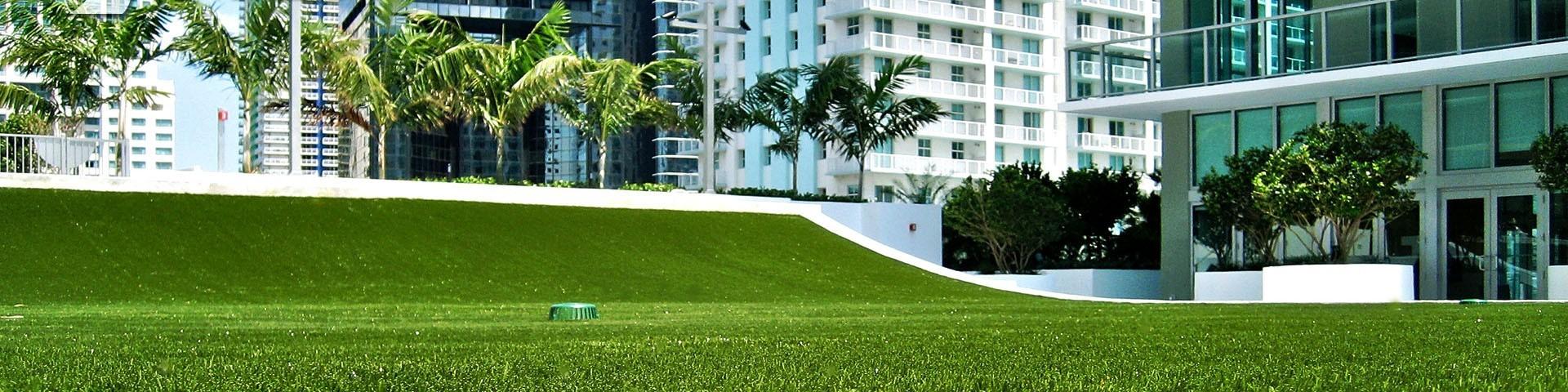 Gazon synthétique haut de gamme : lieux publics, hôtels, restaurants